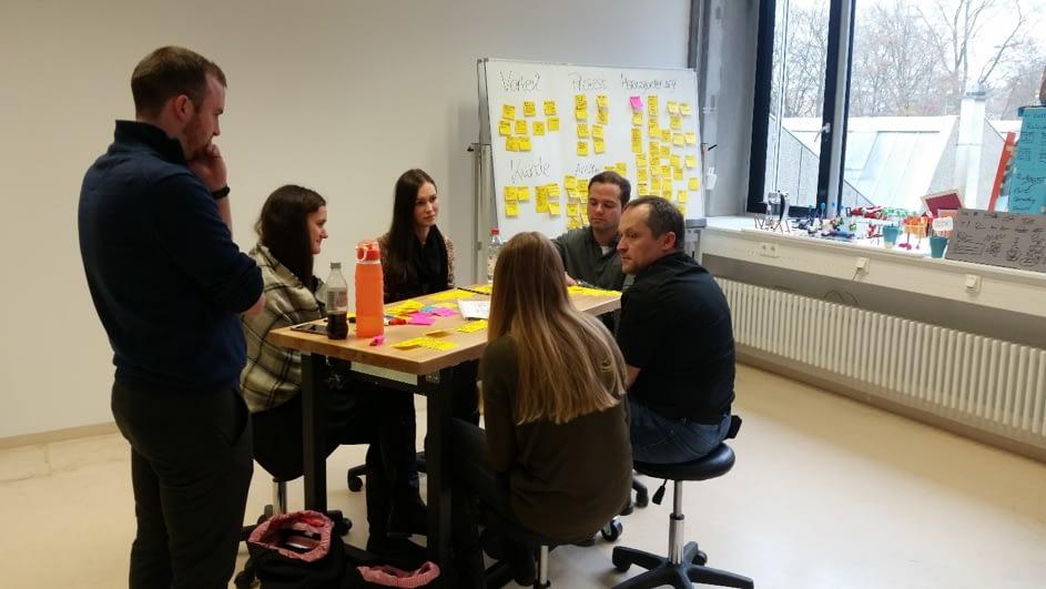 Studis coachen Mittelstand – Design Thinking mit Stangl und Co