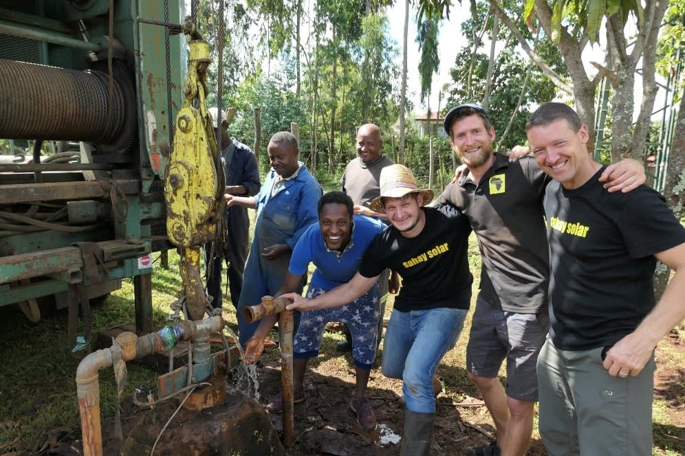 Sahay Solar Engineering: Sauberes Trinkwasser und Strom für Afrika